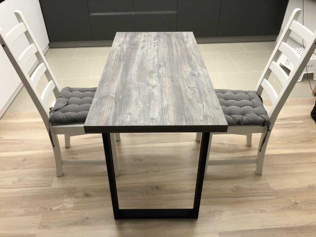 Стол лофт обеденный, на кухне с двумя стульями