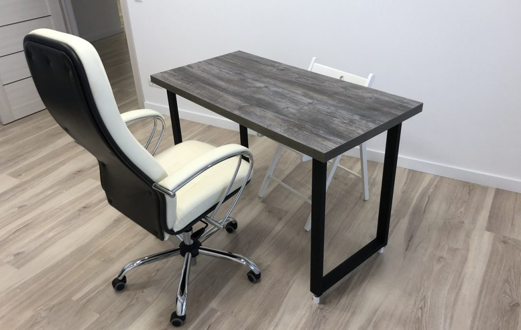 Лофт стол с компьютерным креслом